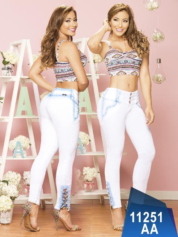 Jeans Levantacola Colombiano Studio AA - Ref. 235 -11251 AA