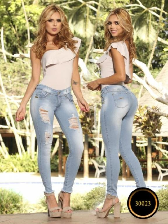 Jeans LevantaCola Colombiano Thaxx  Essentials - Ref. 119 -30023 TE